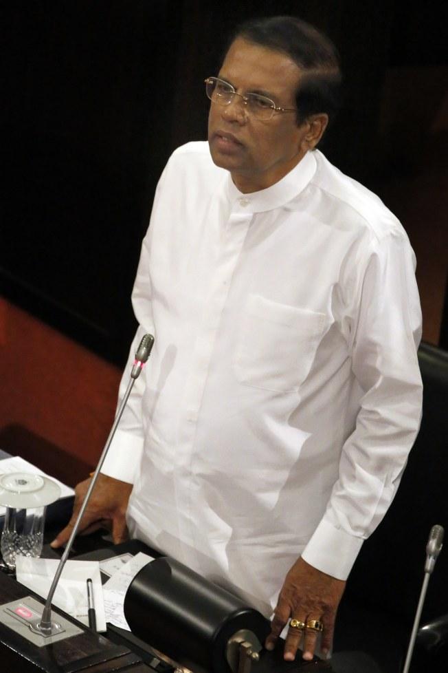 西里塞納最近搭乘斯里蘭卡航空時,抱怨空服員竟提供他腰果。(歐新社)