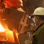 加關稅推高獲利  鋼鐵工人喊加薪