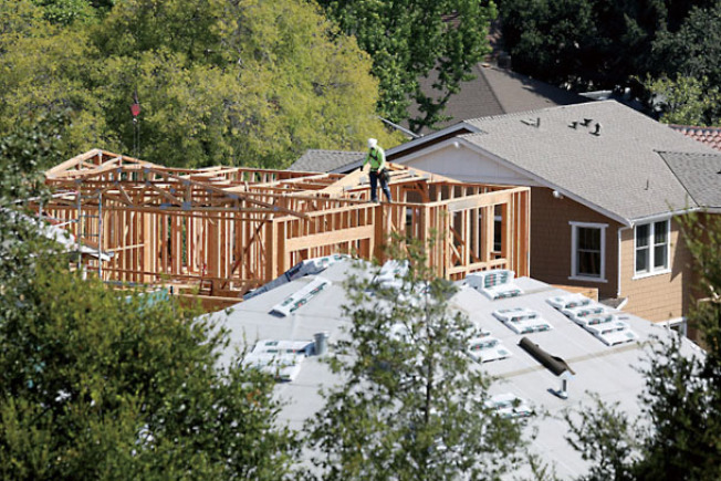 巴洛阿圖的一個興建房屋的工地。(電視新聞截圖)