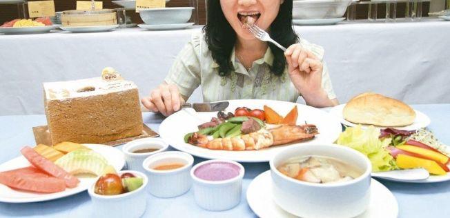 用餐時,粗糧和細糧的搭配要得當。(本報資料照片)