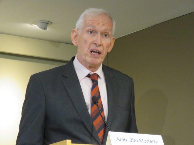 美國在台協會(AIT)主席莫健12日在華府智庫「全球台灣研究中心」年度論壇發表演講並接受提問。華盛頓記者張加/攝影