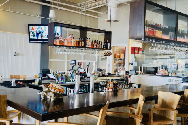 餐廳吧檯。(記者陳開/攝影)
