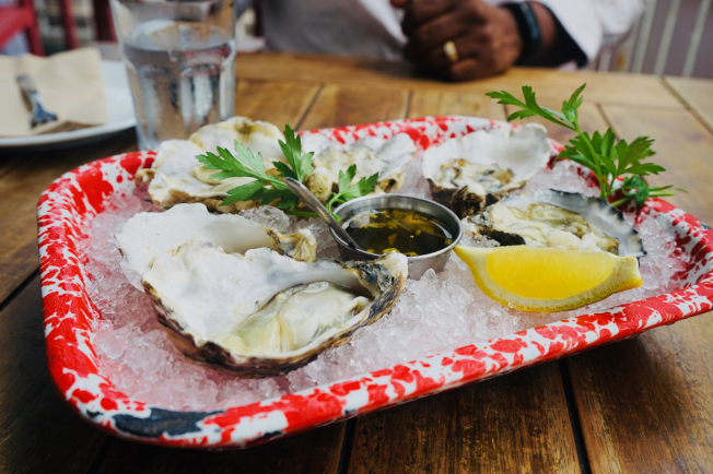 Ways & Means牡蠣(signature dishes)是餐廳代表作。(記者陳開/攝影)