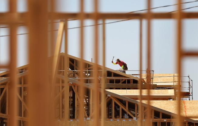2018年全美整體建築成本將在去年增加3%的基礎上繼續再增加2-3%。(TNS)