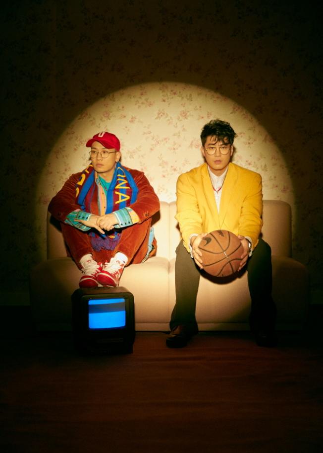 南韓說唱雙人組合Dynamic Duo也將登台演出。(取自官網)
