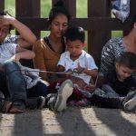 川普放軟了被拆散移民家庭可以二次面試