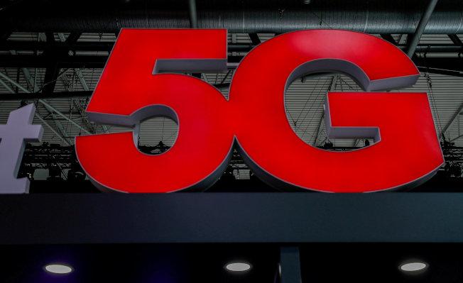 雖然各大電信商拚命發展5G行動網路,但要達到人們期待的大幅躍進可能還需要些時間。  路透