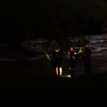 少年涉水遇險 救援1小時脫困