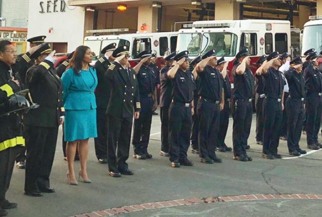 追緬911殉職的消防員