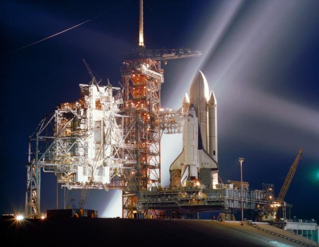 1981年8月第一架太空梭「哥倫比亞」號準備升空。(取材自NASA)