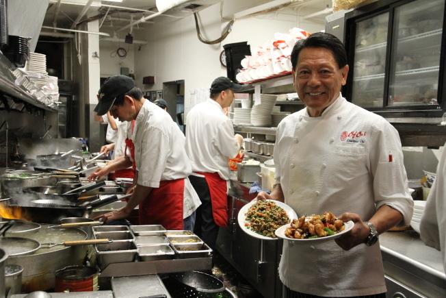 電影「瘋狂亞洲富豪」導演朱浩偉的父親朱鎮中,是矽谷知名中餐廳「喜福居」老闆。(本報資料照片)
