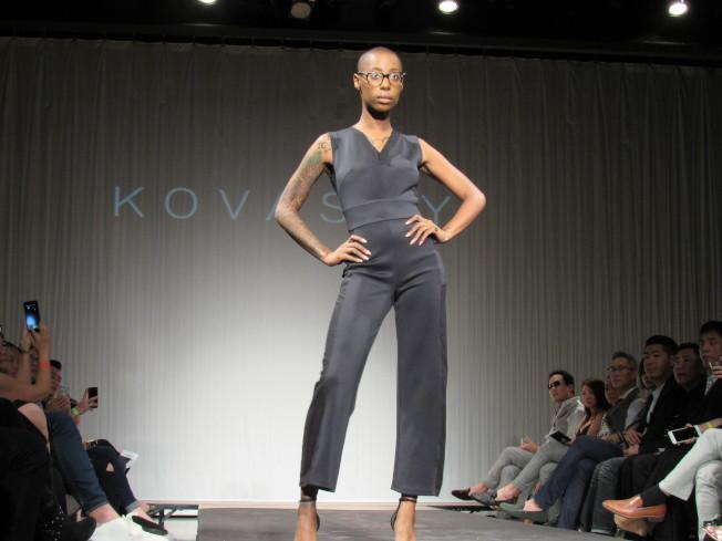 柯詩群的品牌「Kovasky」以勇敢的女強人為形象,打造俐落造型。(記者顏嘉瑩/攝影)