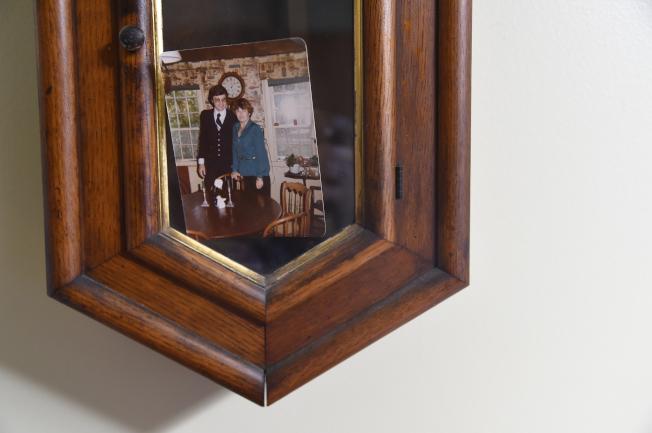 安妮杭特在1979年確診罹患失智症,丈夫一直陪她參加記憶力復健課程。(美聯社)