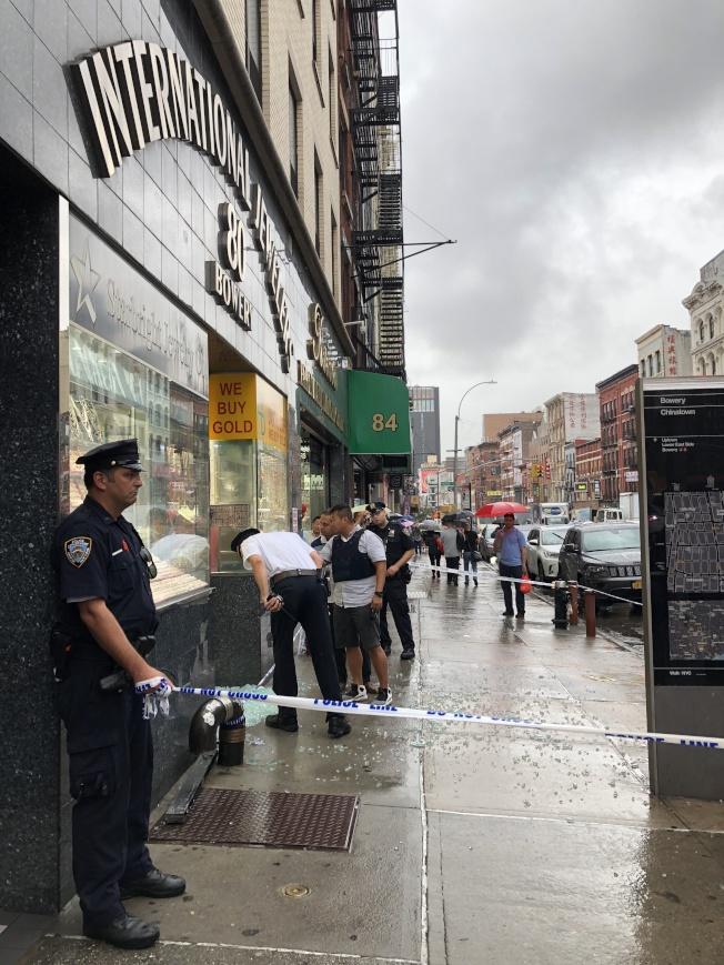 警方封鎖現場進行調查。(記者金春香/攝影)