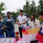 嘉大外語生來美實習 園遊會領老美體驗台灣