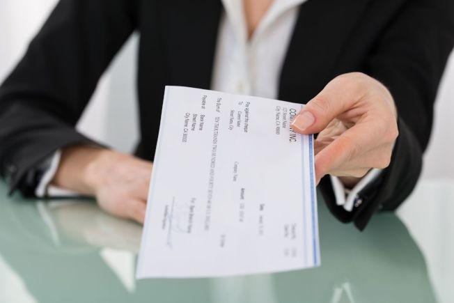 要賺多少錢才會快樂?原來男女有別。(Getty Images)