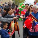 8大道中國遊行 新添美國元素