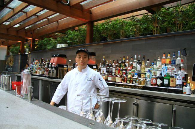 Andy許說,該紐約分店一年需要3萬隻北京鴨。(紐約大董/提供)