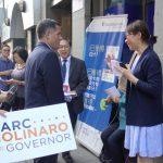 共和黨州長候選人訪華社 挺SHSAT