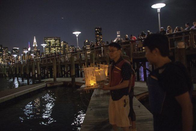 生活 | 東方水燈 飄到紐約