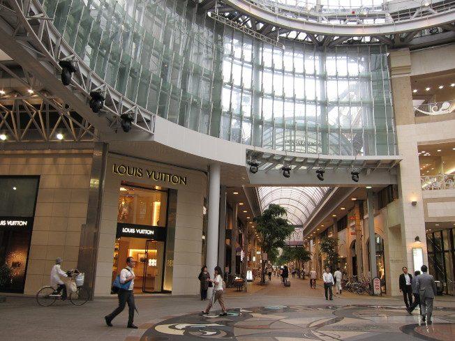 日本看看   商店街大改造…100億日圓的空殼