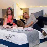攜手曼聯,Mlily床墊走向世界AM Center 美中地區總代理,歡迎選購!