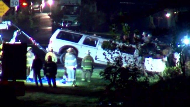 美國紐約州6日下午發生加長型禮車出車禍,造成20人死亡的慘劇。翻攝Youtube/CBS Evening News