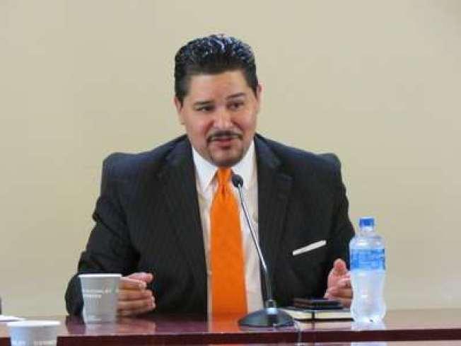 卡蘭扎9日表示市府可以立即更改五所特殊高中的錄取方式,但受到校長們的反對。(本報檔案照)