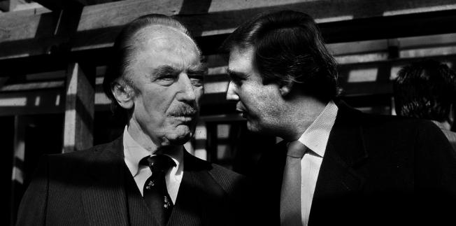 老川普留給川普鉅額財富,共約4億1300萬元。圖為川普(右)與父親。(Getty Images)