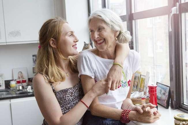 調查發現,美國父母為18歲至34歲成年子女每年花掉5000億元,是他們自己退休儲蓄的兩倍。(Getty Images)