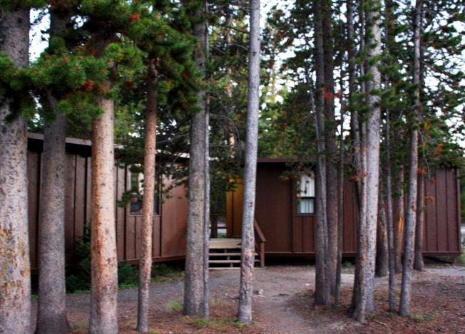 黃石公園山頂的小木屋。