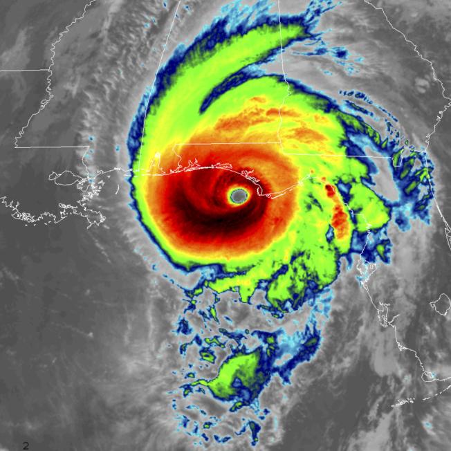 颶風麥可在9日上午還未形成超強颶風,但在33小時內,風速增加72%。(美聯社)