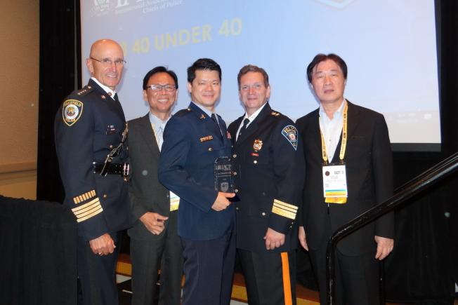 左起:IACP副會長Richard Smith、鄧學鑫、林少凡、IACP新會長Paul Cell及黃啟澤。(鄭鴻鈞提供)