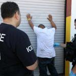 川普嚴打移民/掃蕩非法移民太花錢 聯邦預算挖東牆補西牆