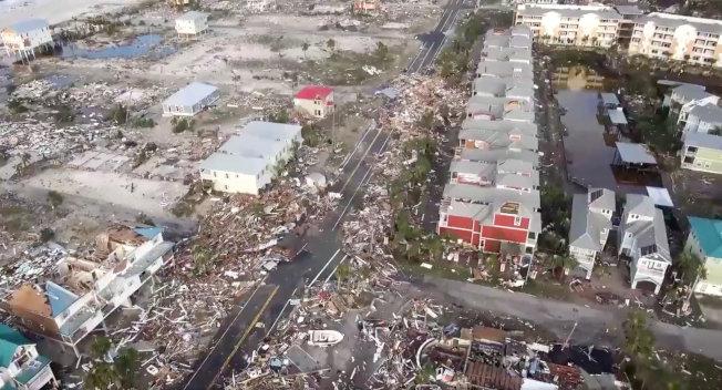 位於佛州巴拿馬市(Panama City)南方約40哩的墨西哥海灘,正是颶風麥可登陸的首當其衝地點。路透