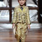 洛城5歲華童郭光恒 巴黎春季時裝周走秀