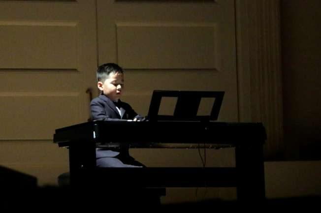 2華裔琴童、理查德克萊德曼卡內基同台