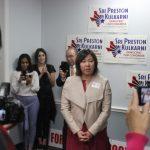 科卡尼競選聯邦眾議員 用中文致詞