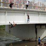 數千移民闖美邊境 龐培歐訪墨力阻 墨請聯合國處理
