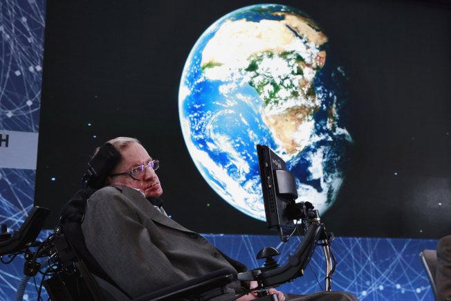 英國已故天文物理學界泰斗霍金(Stephen Hawking)曾獲基礎物理學「特別突破獎」。(路透)