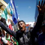 近萬移民大軍向美挺進 川普火大威脅斷援助