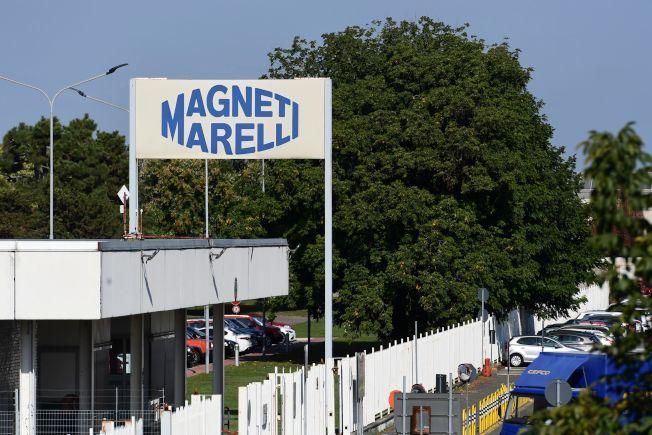 飛雅特克萊斯勒同意以71億美元,將其高科技汽車零件部門Magneti Marelli賣給私募股權業者KKR公司旗下的日本汽車零件商康奈可公司。(Getty Images)