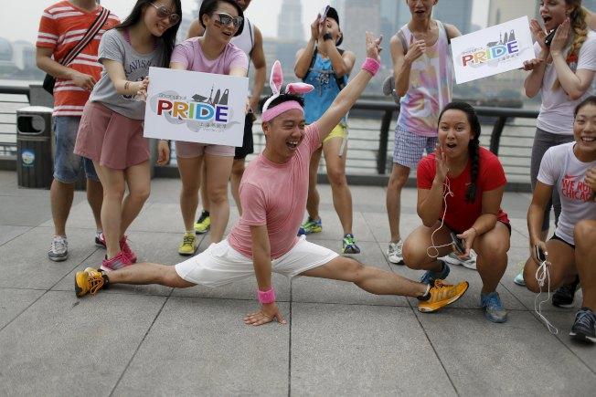 在傳統文化壓力下,許多男同性戀者被迫與異性結婚。(Getty Images)