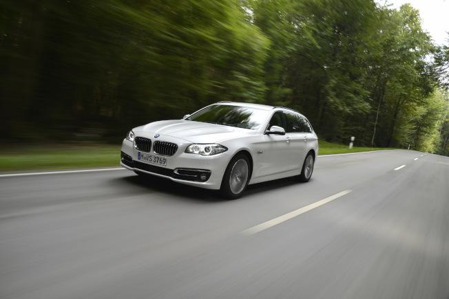 在韓國火燒車事件影響最鉅的BMW F10世代520d柴油車款。圖/BMW提供