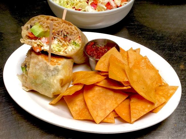 素食版墨西哥卷饼。(记者谢雨珊╱摄影)