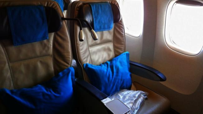 搭機乘客經常順手牽羊,最常帶走的物品包括枕頭和毯子。(Getty Images)