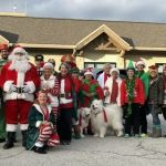 全鎮提早2個月歡慶聖誕 原因讓人鼻酸