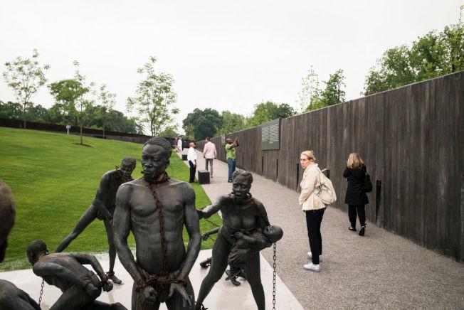 描述美國黑奴歷史的藝術品展示。(Getty Images )