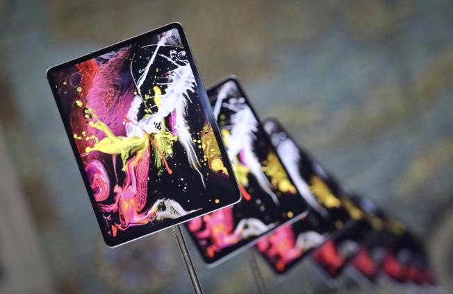 蘋果新版iPad Pro硬體提升,售價也提高。(美聯社)