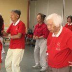 【有片】華翁102歲還開車 愛跳舞